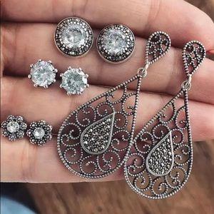 4 Piece Earrings Set New